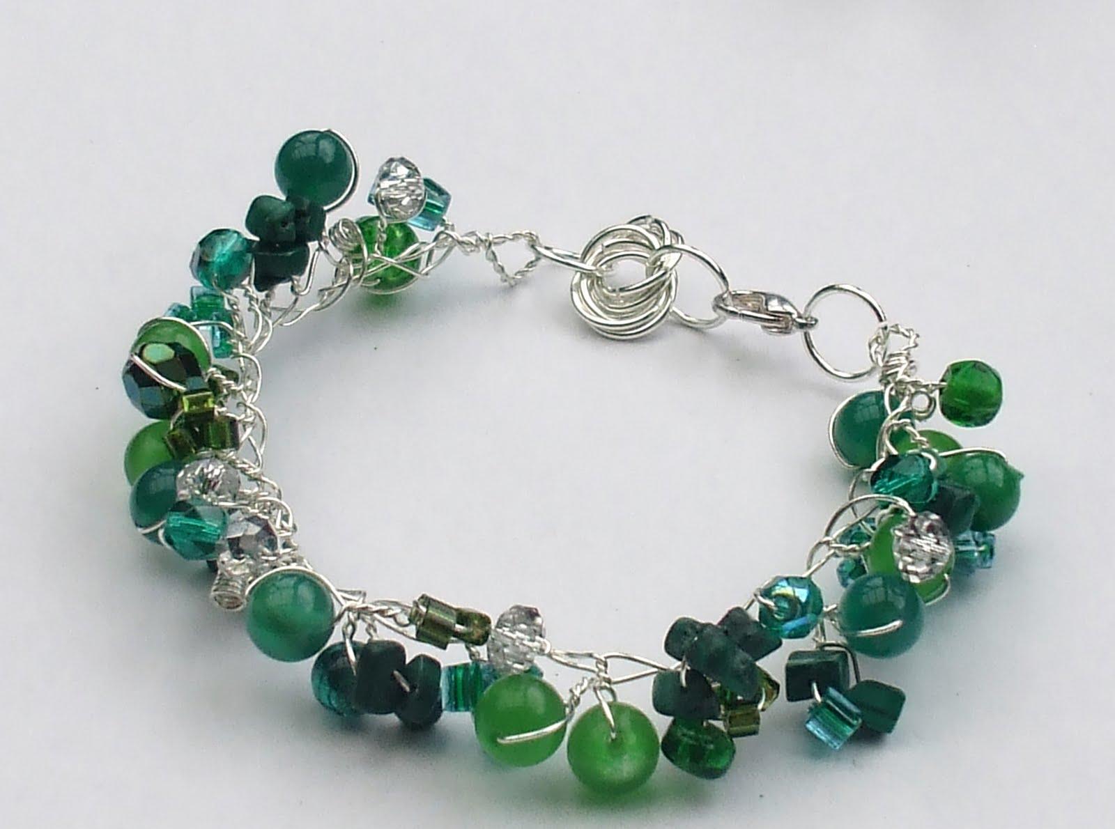 Easy Twist Wire Bracelet