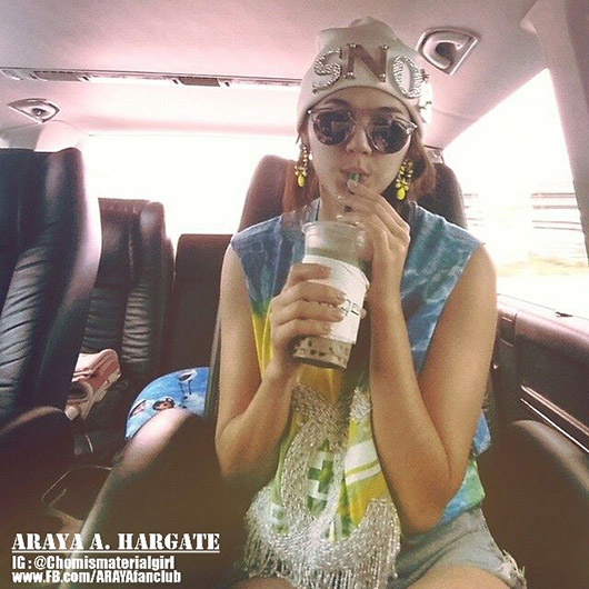 Chompoo (ชมพู่) - Araya Hargate (อารยา ฮาร์เก็ต)