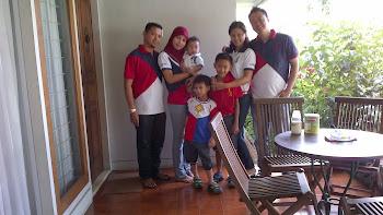 Gambar Pemilik Bersama Family
