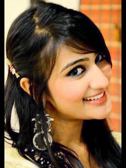 Beautiful+Pakistani+Girls+Wallpapers013