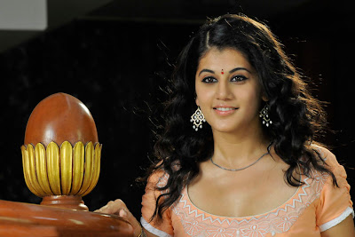 tapsee looking in mogudu latest photos