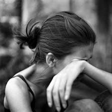 صور بنات حزينة - صور مؤلمة جدا - صور فراق حزينة - بنات حزينة