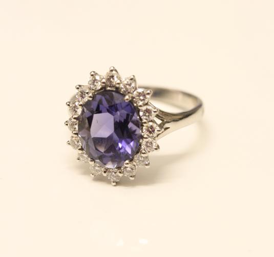 De Marsac The Jewellers Kate Middleton's Jewellery – her look