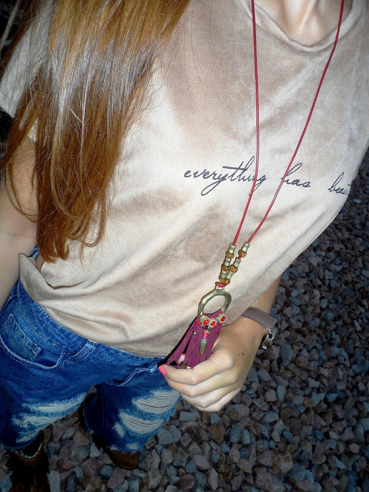 Vaqueros boyfriend y maxi camiseta
