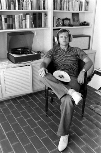 Vintage everyday jack nicholson at home in los angeles 1969 for Jack house music