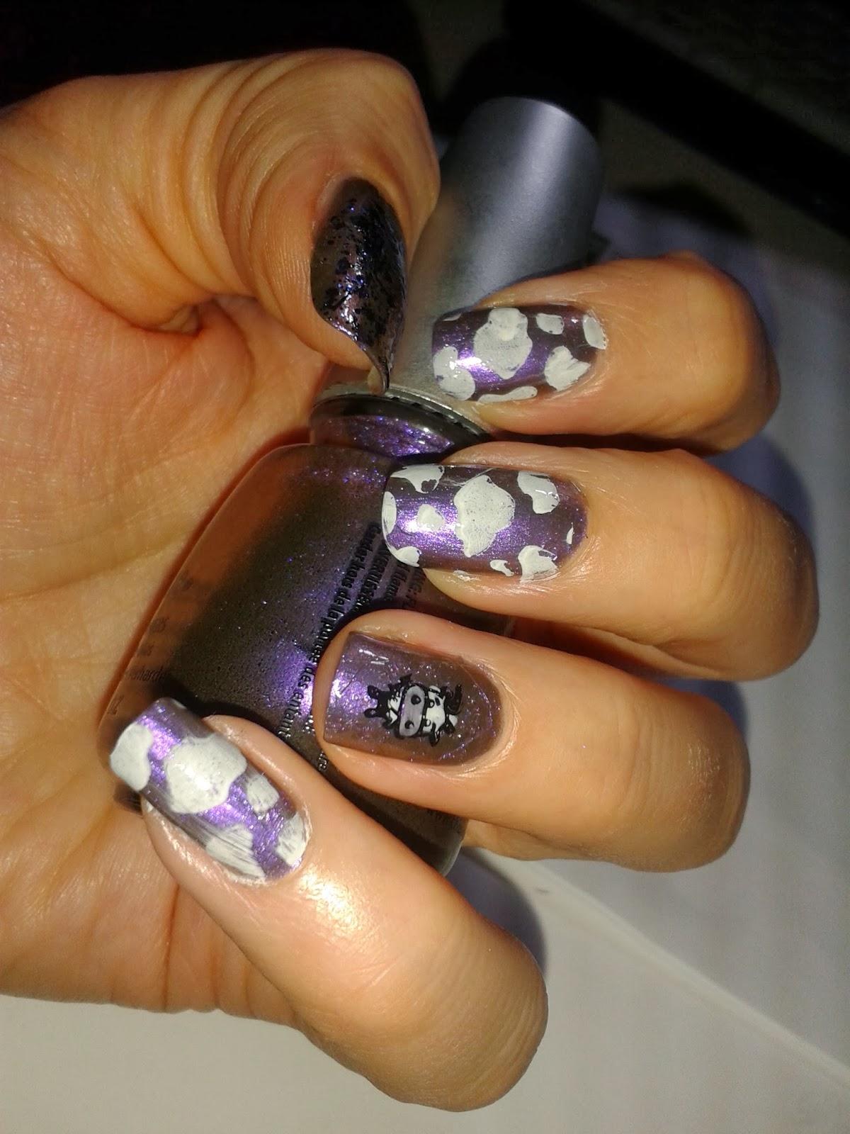 nageltante im blogversuch stamping decal lila n gel mit kuhmuster milka. Black Bedroom Furniture Sets. Home Design Ideas