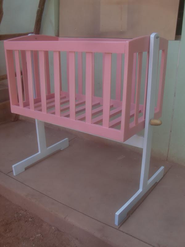 Como hacer un mueble de madera para ropa de bebe for Como hacer muebles en madera