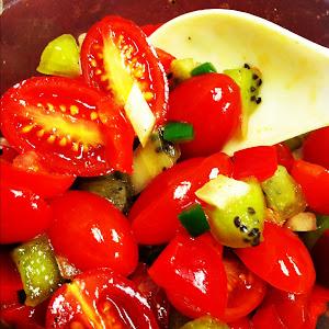 Tomato Kiwi Salsa
