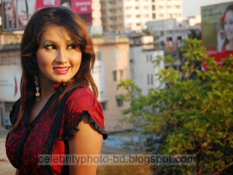 Bangla+Drama+Actress+and+Model+Shiba+Gives+New+Looks+Unseen+Hot+Photos005