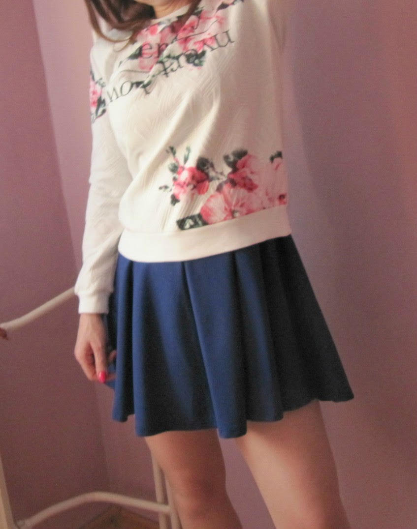 http://www.sheinside.com/White-Long-Sleeve-Floral-Jacquard-Sweatshirt-p-185211-cat-1773.html