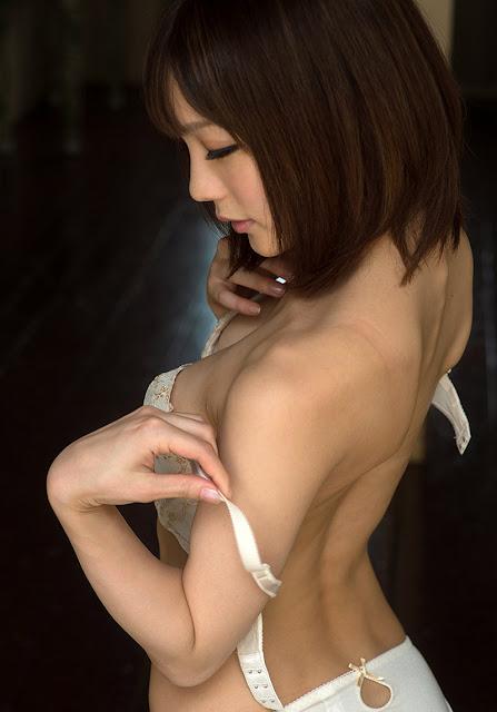 Suzumura Airi 鈴村あいり Photos 08