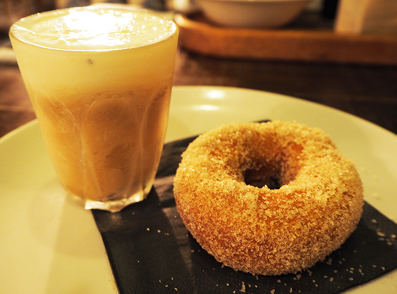 Dirty Bones Kensington review coffee and doughnuts