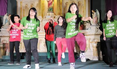 http://3.bp.blogspot.com/-meDQLb9gYug/UgrLqO1UtBI/AAAAAAAAAZU/u_MGAJU4UAc/s1600/St.-Edwards-Christmas-Concert_RC3_7475-730x435.jpg