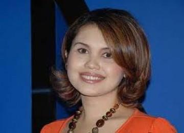 Cindy Claudia Harahap : Hidayah dari Bulan dan Bintang