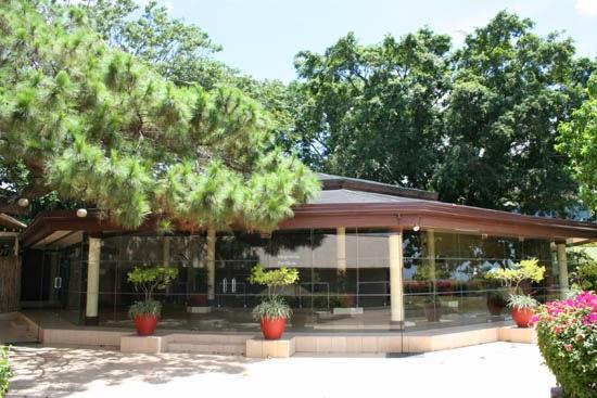 taal vista magnolia pavilion