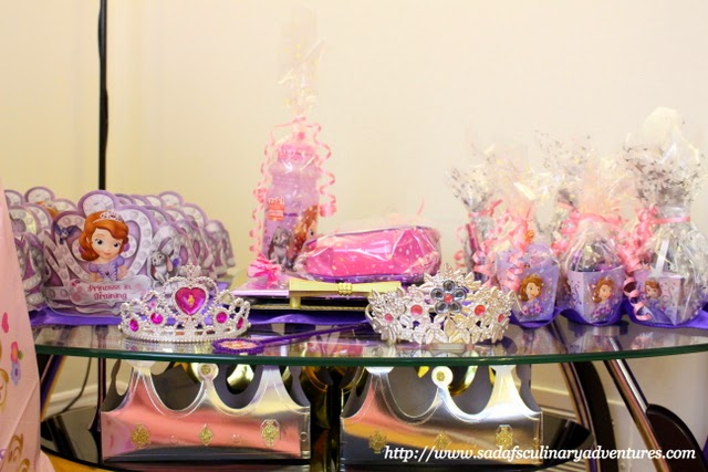 Sofia the First party - Favors Table