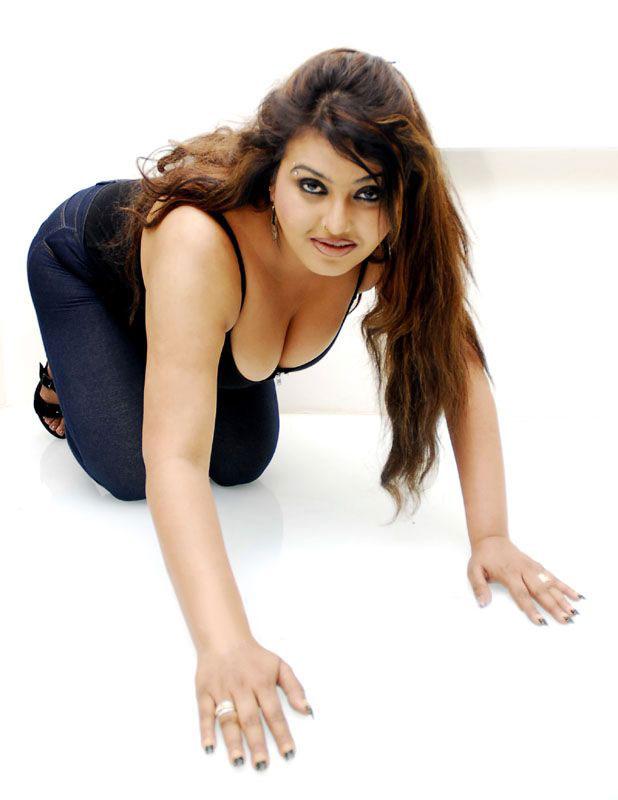 Indian actress sona hot