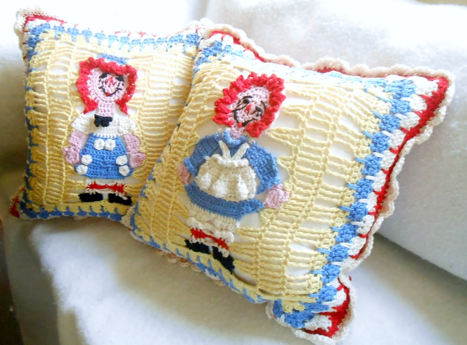 Raggedy Ann and Andy pillow pattern