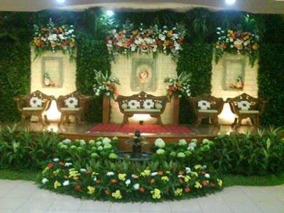 dekorasi pernikahan klasik
