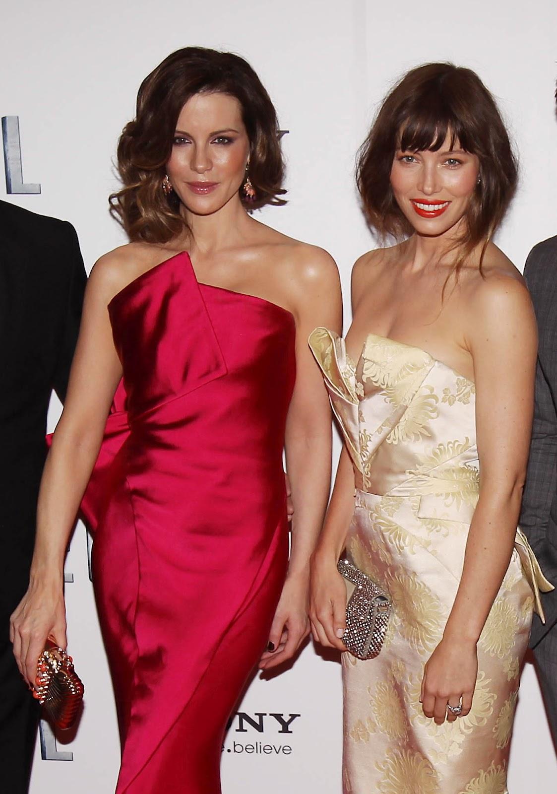 http://3.bp.blogspot.com/-memZBFvRT1Q/UCrfx2DH-hI/AAAAAAAALg8/_8uSHYgCsWk/s1600/Kate+Beckinsale+and+Jessica+Biel+-+Total+Recall+premiere+in+Dublin.jpg