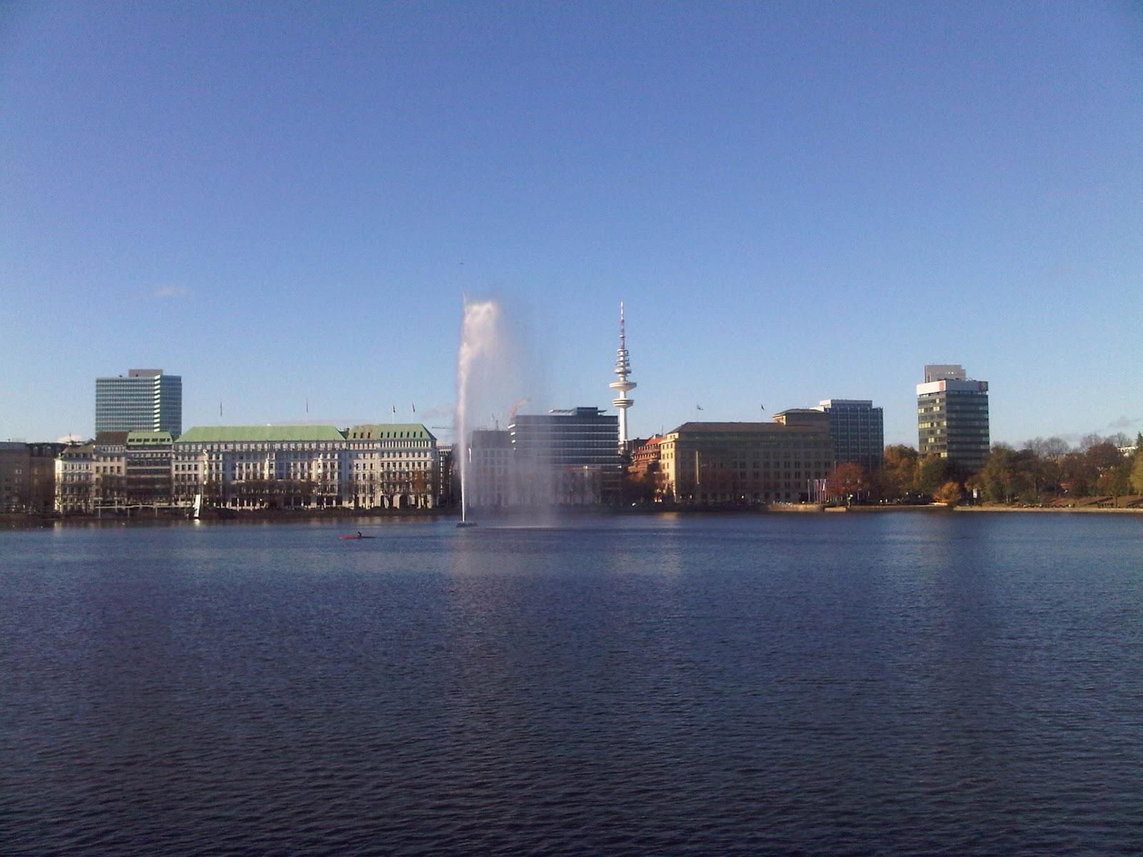 Binnenalster - Fontäne - Fernsehturm