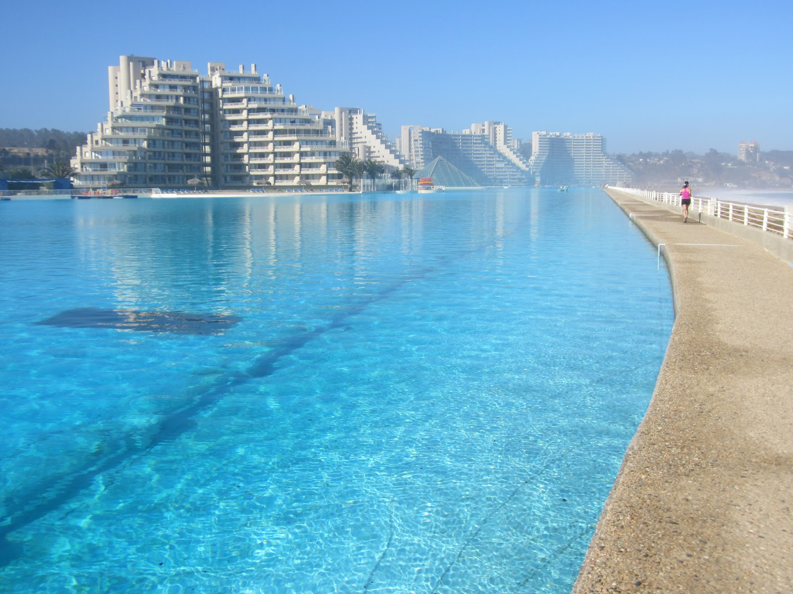 Tourism march 2013 - The biggest swimming pool in chile ...