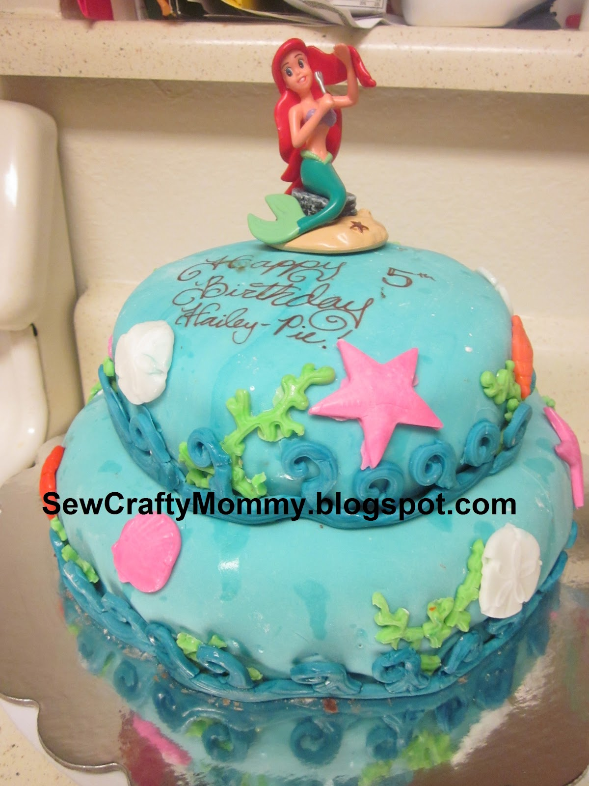 Pintresting challenge sea life ariel cake for Ariel cake decoration