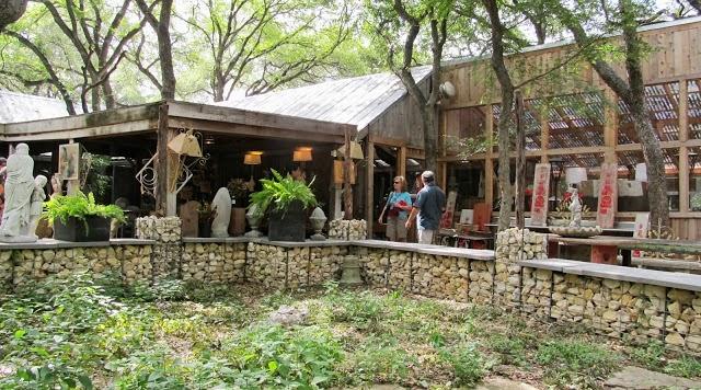 Great Via Rock Oak Deer | Los Patios In San Antonio, TX