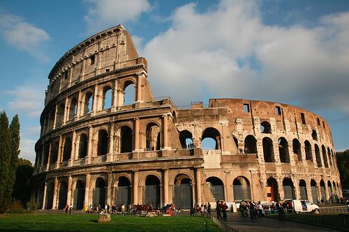 Keajaiban Dunia Colosseum