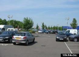 http://3.bp.blogspot.com/-mfNIzvQKZx8/UH1Gc3uvMqI/AAAAAAAABZc/K4aA7yPEwvQ/s1600/parkir.jpg
