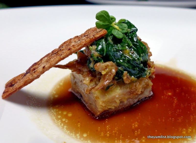 Mozaic, French Cuisine, Local Ingredients, Ubud, Bali, wine paired dinner
