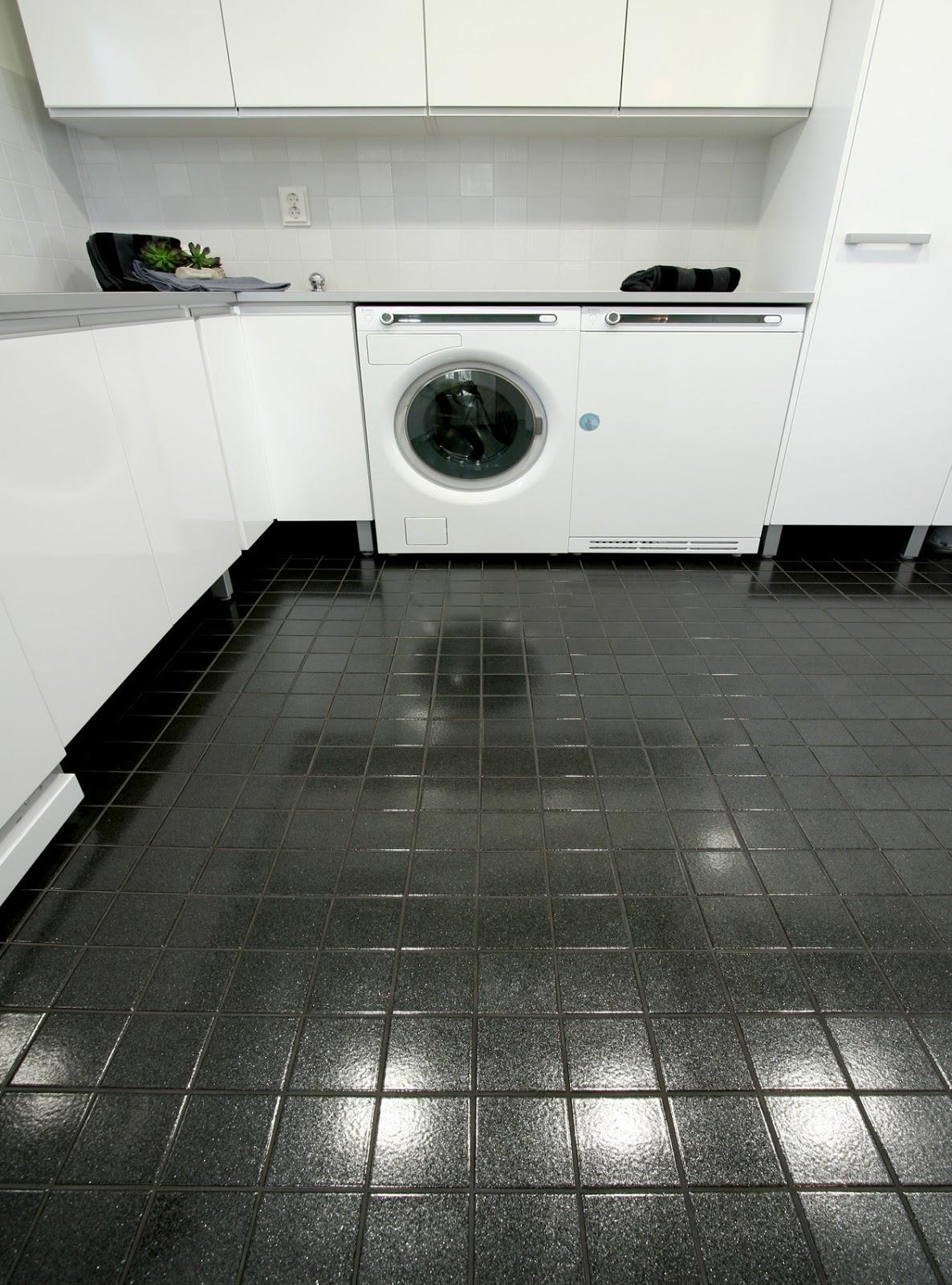 Talo harjulla Suunnittelua! Kylpyhuone ja WC t