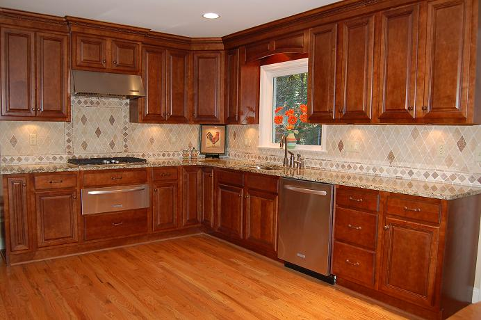 Kitchen cabinet ideas pictures of kitchens for Kitchen cabinets and design
