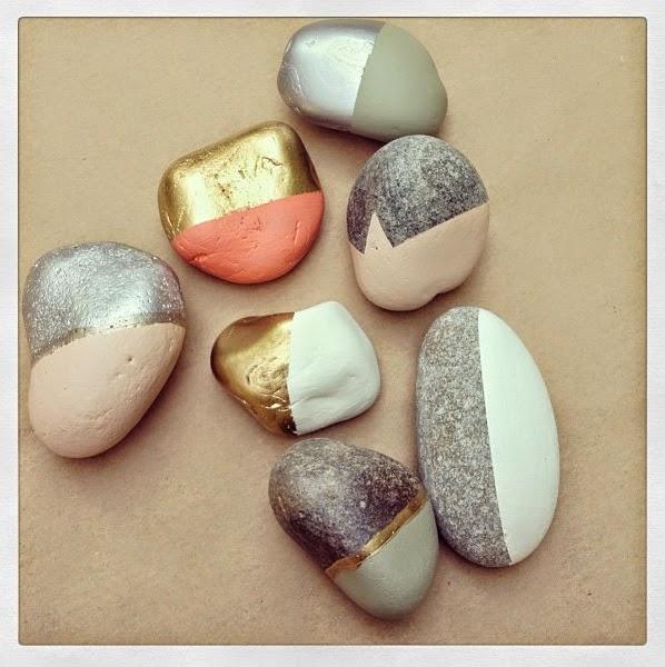 Manualidades pintar y decorar piedras a mano consejos - Piedras de rio pintadas ...