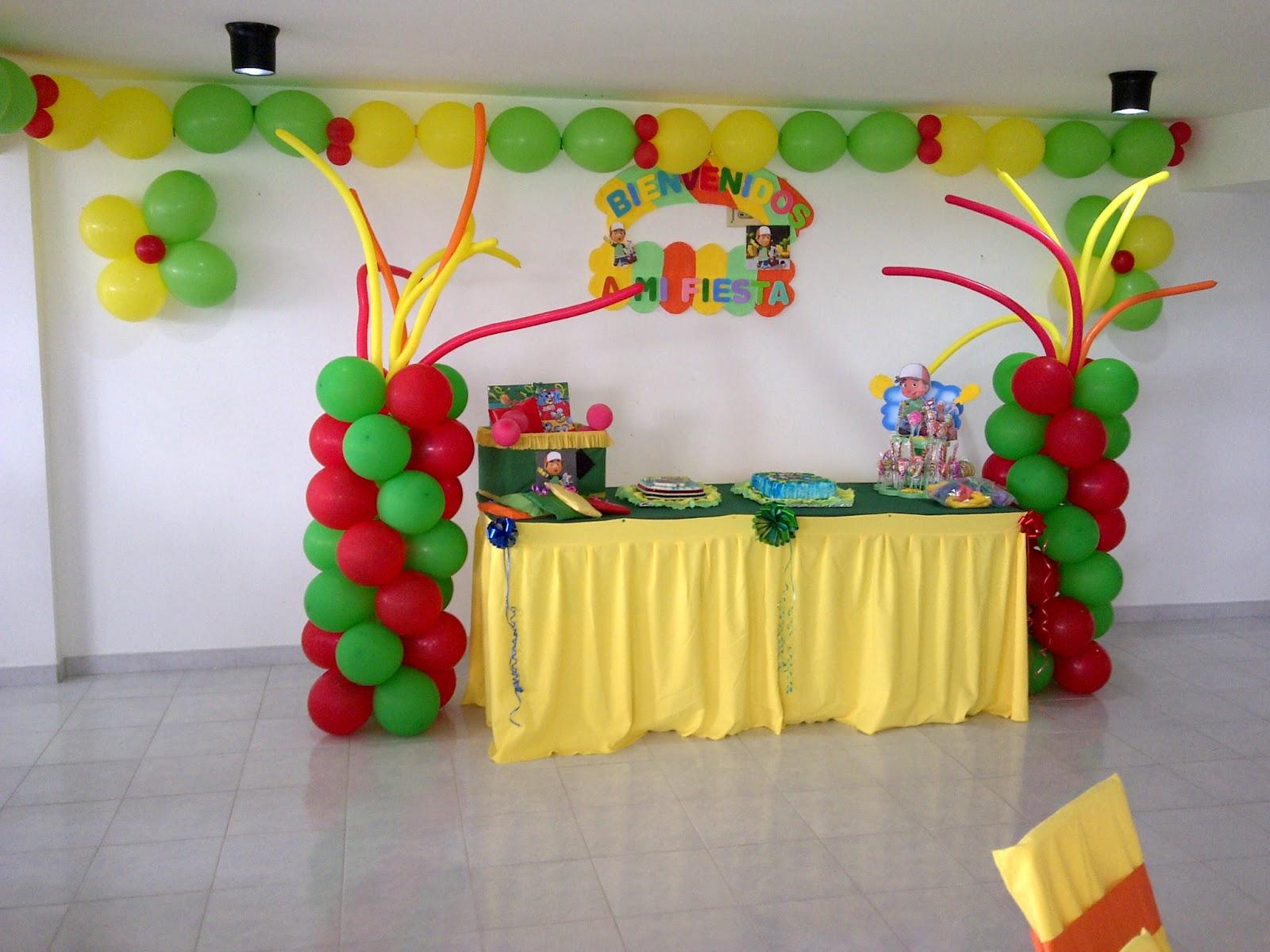 Decoraciones y todo para tus fiestas decoraciones mylendy for Manteles de papel para fiestas