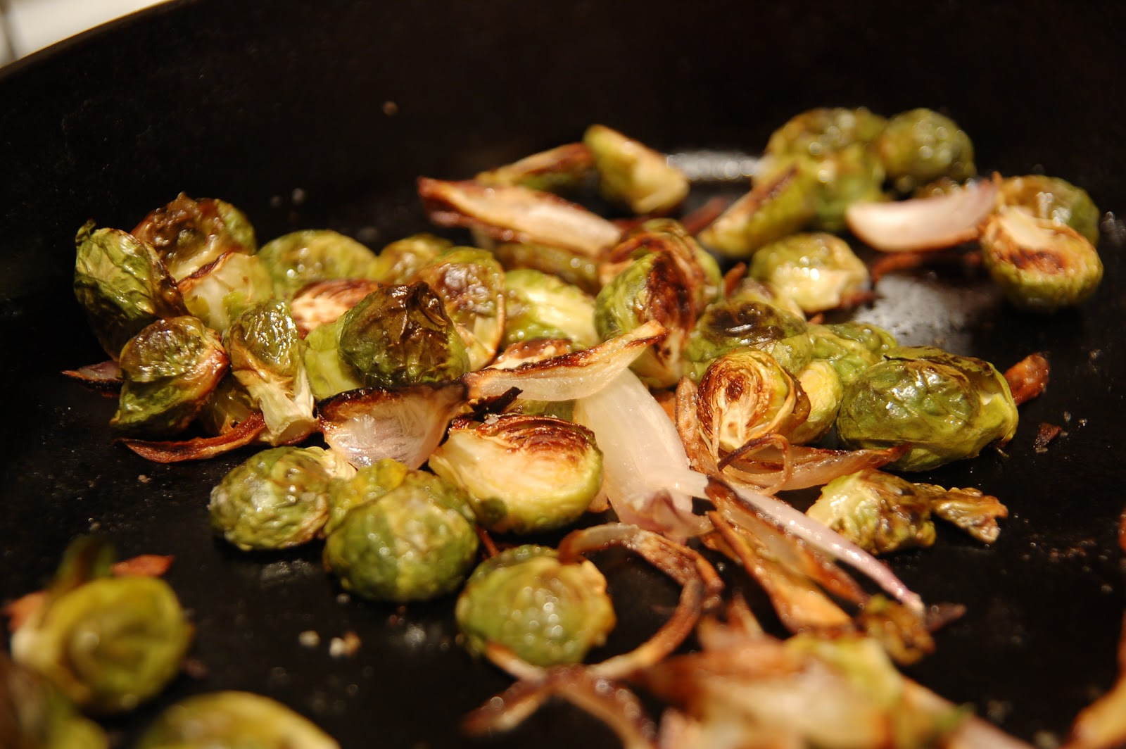 Sensibly Gourmet: Thanksgiving Roasted Brussels Sprouts