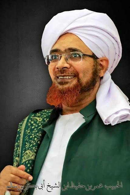 Resep Shalat Khusyu' Dari Habibana Umar Bin Hafidz
