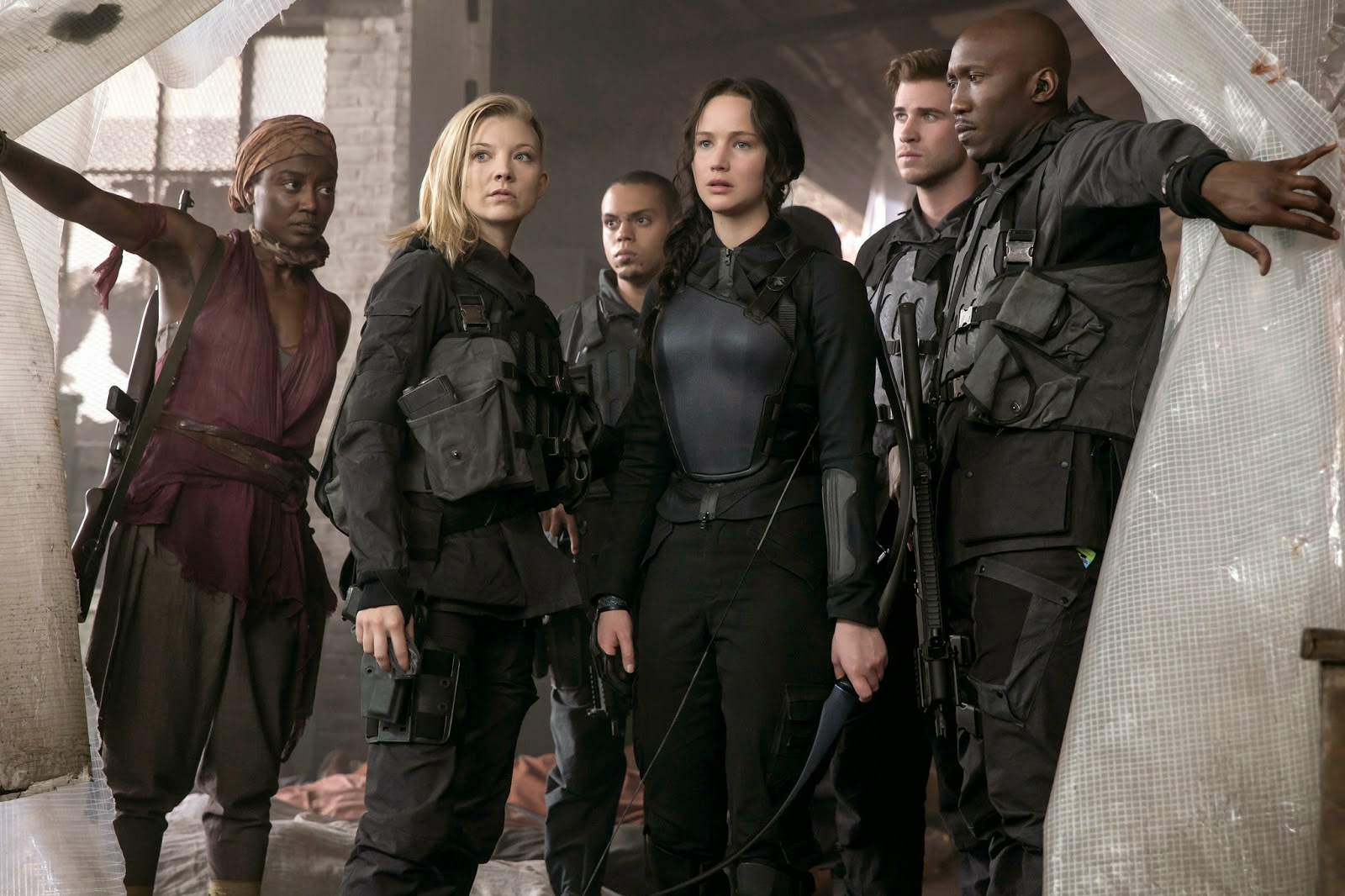 Katniss visits District 8 hospital in Mockingjay Part 1