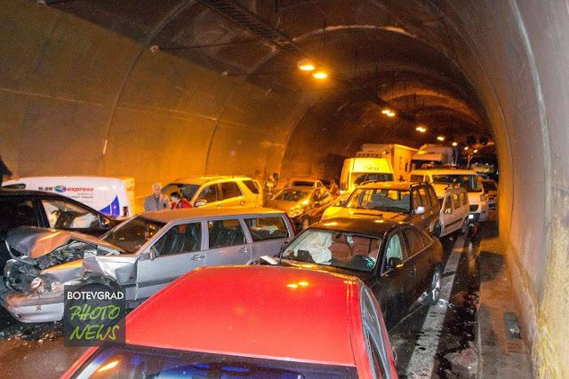 """До 200 лв. глоба за повечето шофьори участвали в катастрофата в тунел """"Витиня"""""""