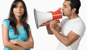 لماذا لا تستمع النساء إلي الرجال - امرأة تتجاهل رجل لا تستمع - woman don't listen to a man