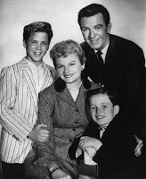 Ward Beaver June Cleaver family Leave it to Beaver photo 1950s Nuclear family