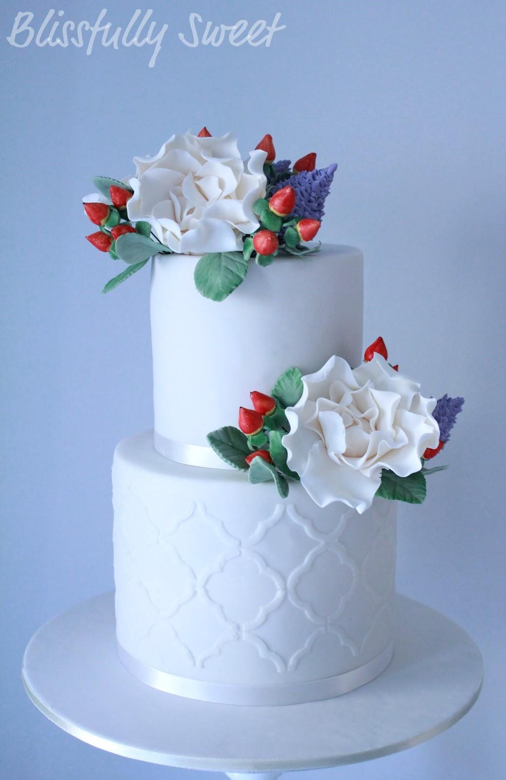 blissfully sweet stencil blooms wedding cake. Black Bedroom Furniture Sets. Home Design Ideas