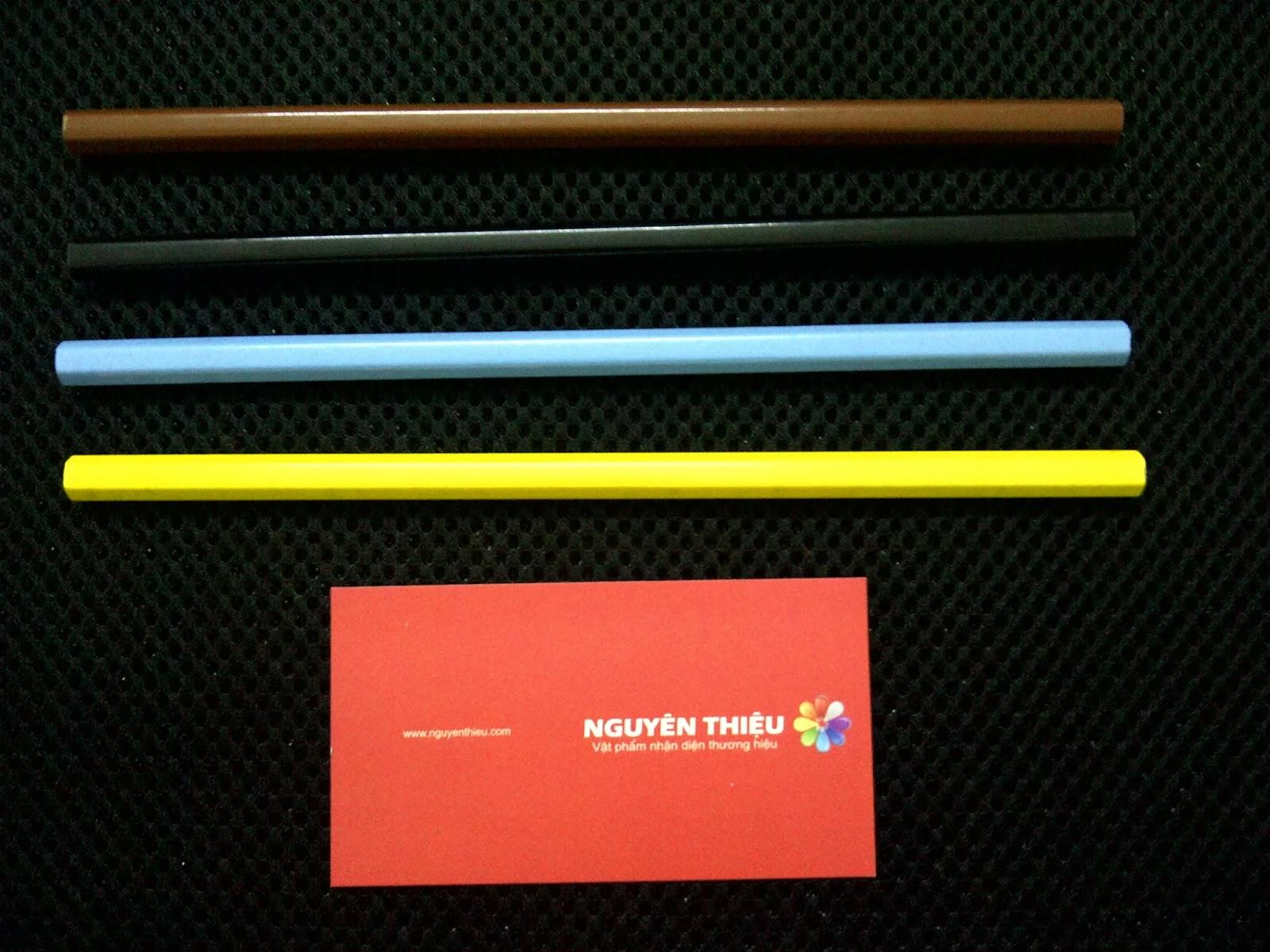 sản xuất bút chì nhiều màu
