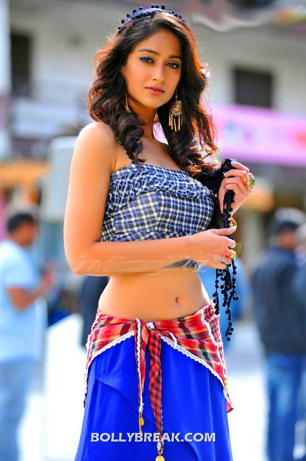 Ileana Navel Pic in Blue top Mini skirt - Ileana Navel Pics from devudu chesina manushulu