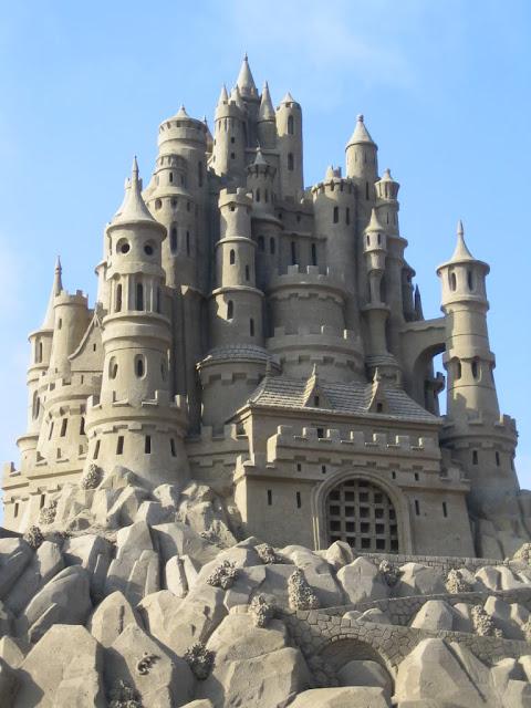 Amazing-Sand-castles-10