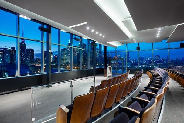 Modern office interior design ideas by elegant nuances
