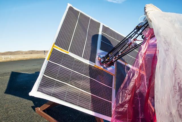 Google 的 Loon 計畫 太陽能板