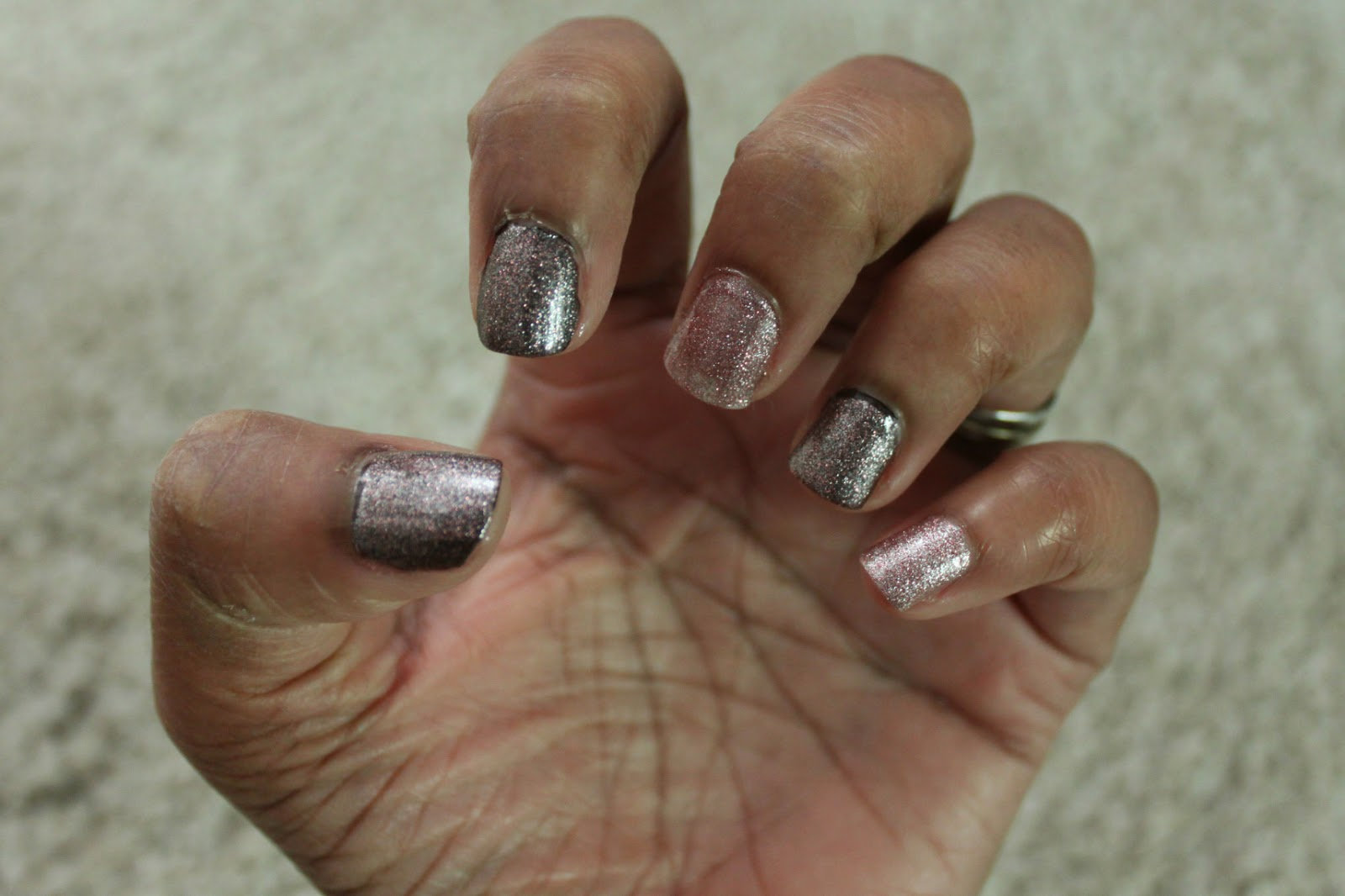 PINK SILVER GLITTER BY BARRY M
