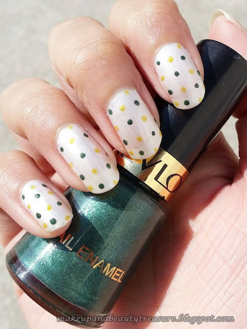 Polka-Dots-Nails