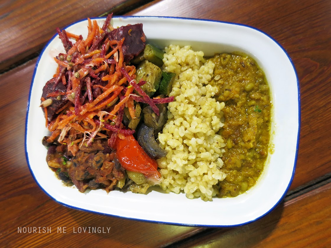 Planet_Organic_hot_meal_plate